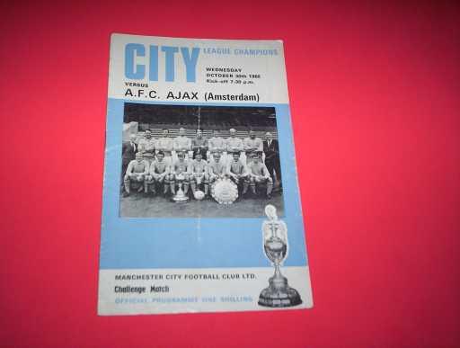 LEAGUE 1960s » 1968/69 MAN CITY V AFC AJAX CHALLENGE MATCH