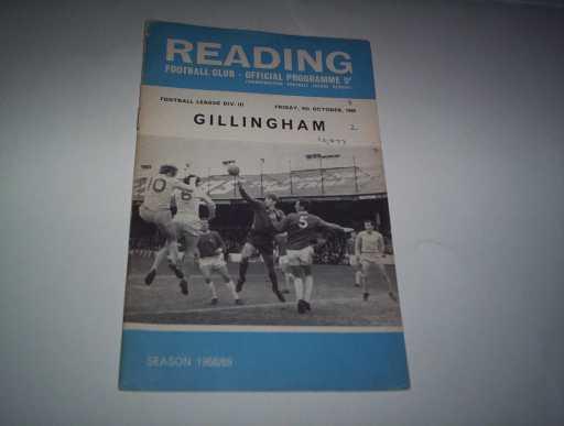 LEAGUE 1960s » 1968/69 READING V GILLINGHAM