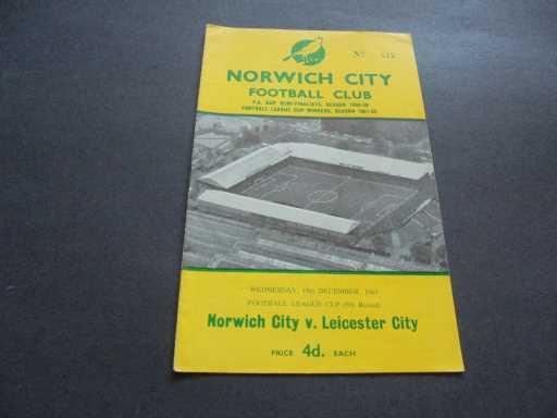 LEAGUE 1960s » 1963/64 NORWICH V LEICESTER LEAGUE CUP