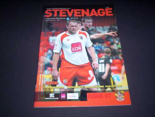 LEAGUE 2010s » 2010/11 STEVENAGE V WYCOMBE