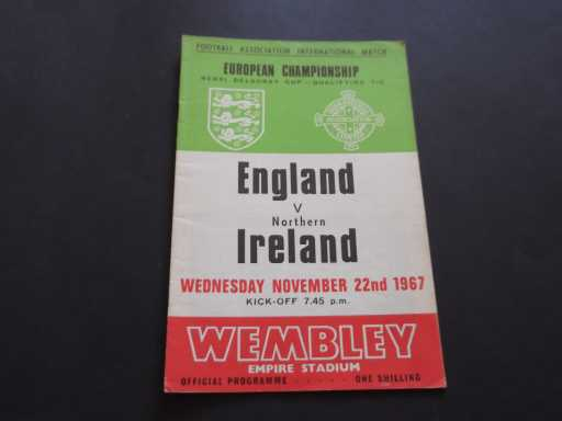 ENGLAND HOMES » 1967 ENGLAND V NORTHERN IRELAND