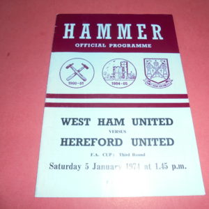 1973/74 WEST HAM v HEREFORD FA CUP (BOBBY MOORE LAST GAME FOR WEST HAM)